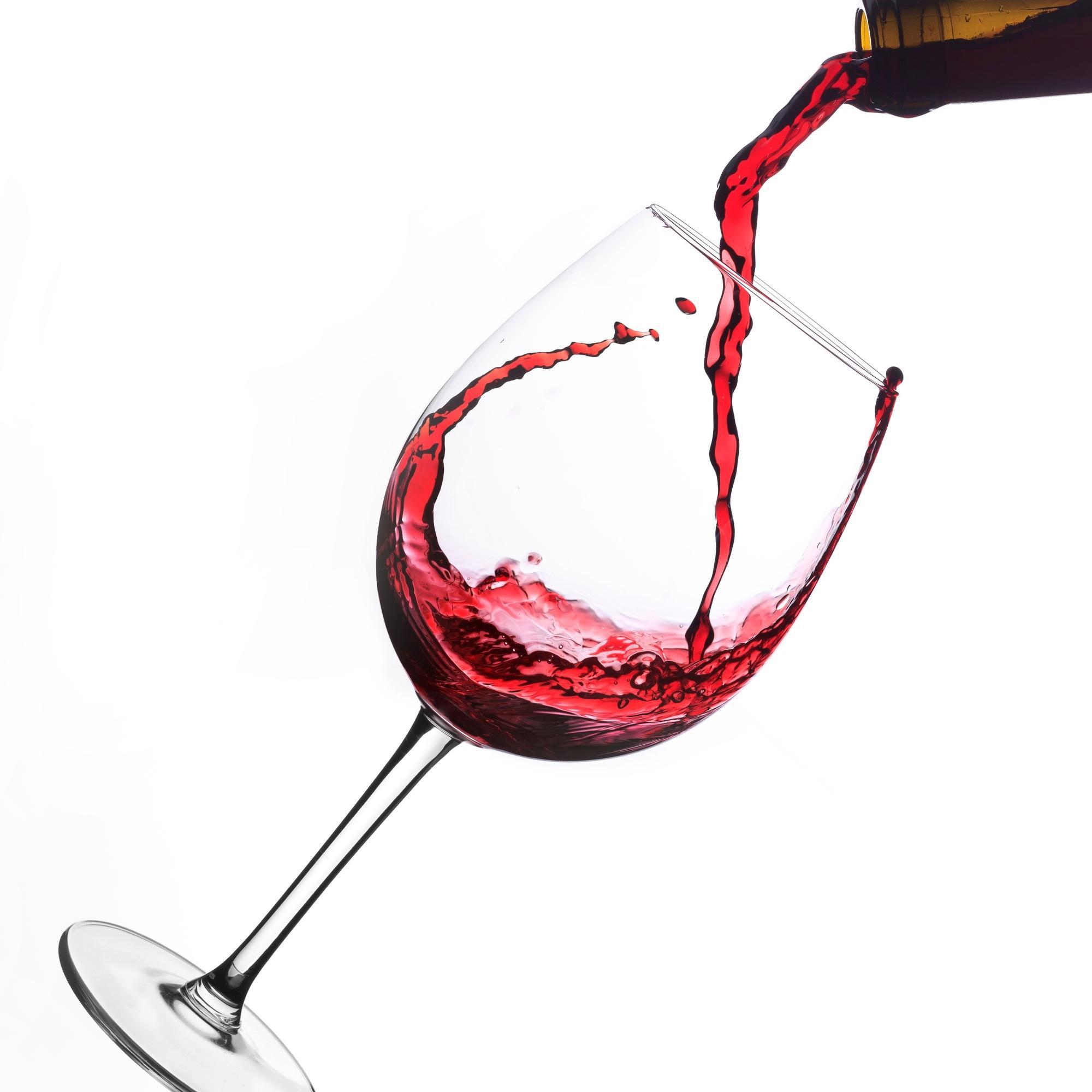 что объединяет картинки пирс бокал вина внешний вид