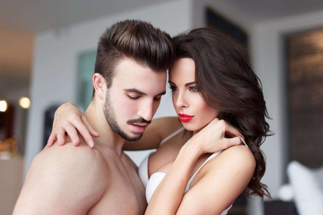 Äiti vietteli seksiä